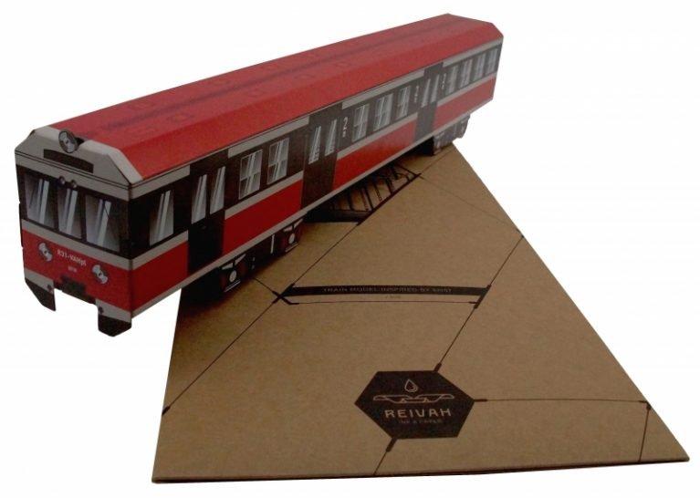 Reivah Train model EN57
